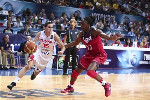 Una buena crónica de un partido EXTRAORDINARIO de nuestra Selección Femenina de Baloncesto, que cayó en la Final del Mundial de Baloncesto Femenino de Turquía ante una tremenda Estados Unidos.  Pero nuestras chicas nunca le perdieron la cara a las americanas ni bajaron los brazos, jugando un gran baloncesto hasta el último segundo.