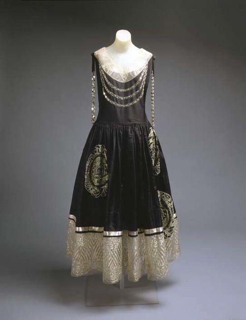 27 best 1920s ball gown ideas images on Pinterest | Ball dresses ...