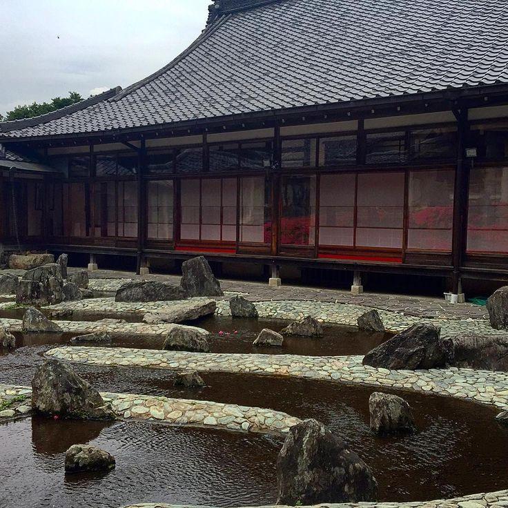松尾大社 松風苑「曲水之庭」 #京都 #松尾大社 #松風苑 #曲水之庭 #重森三玲 #庭園 #寺社仏閣 #ig_nihon #icu_japan #mobile_perfection #IGersJp #ig_japan #iphoneonly #mobilephotography #nofilter #bns_mobile #shootermag_japan #mwjp #ptk_japan #Loves_Nippon #bns_travels #japan #kyoto #garden #shrine
