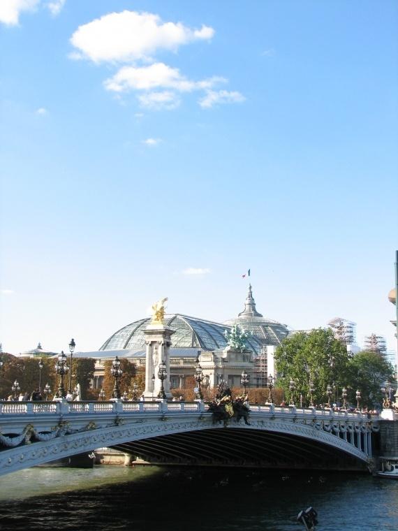 Le Grand Palais and a beautiful bridge.