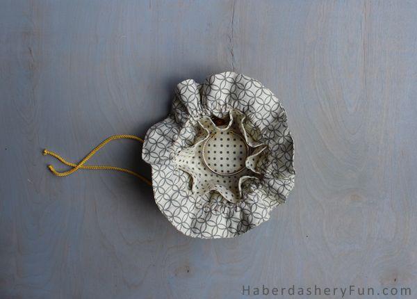 DIY.. Make A Drawstring Jewelry Pouch. Full tutorial on the Haberdashery Fun blog