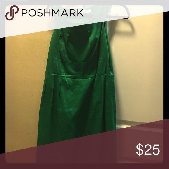 Kelly green dress Size 10 Calvin Klein Dresses Strapless