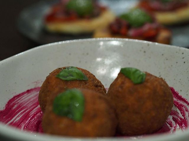 Have you ever been to one of @ilcovocafe tasting nights? They serve their new menu and ask for feedback before making it official.  These are the zucchini and mozzarella arancini; full of flavour and perfectly paired with the beetroot sauce.  We are hoping they will become part of the regular dinner menu in a couple of weeks!  #VisitCanberra #tastecanberra