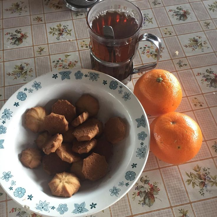 У нас вкусный полдник: сладкий чай, вкусные печеньки и мандаринки #лучшийлагерь #nextcampвсмоленске #nextcamp #детямполезно