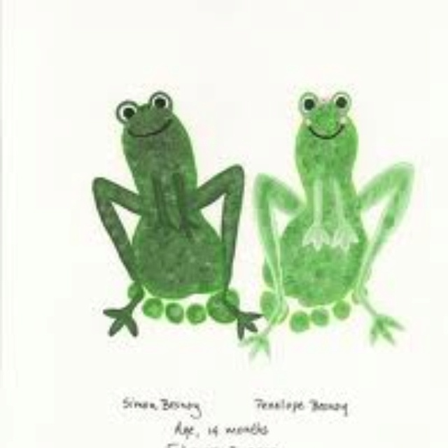 Footprint frogs for the froggy bathroom...omg, so cute!
