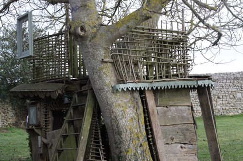 amazing tree house. tour here: http://www.designmom.com/2011/02/the-treehouse-at-la-cressonniere/#more-9302