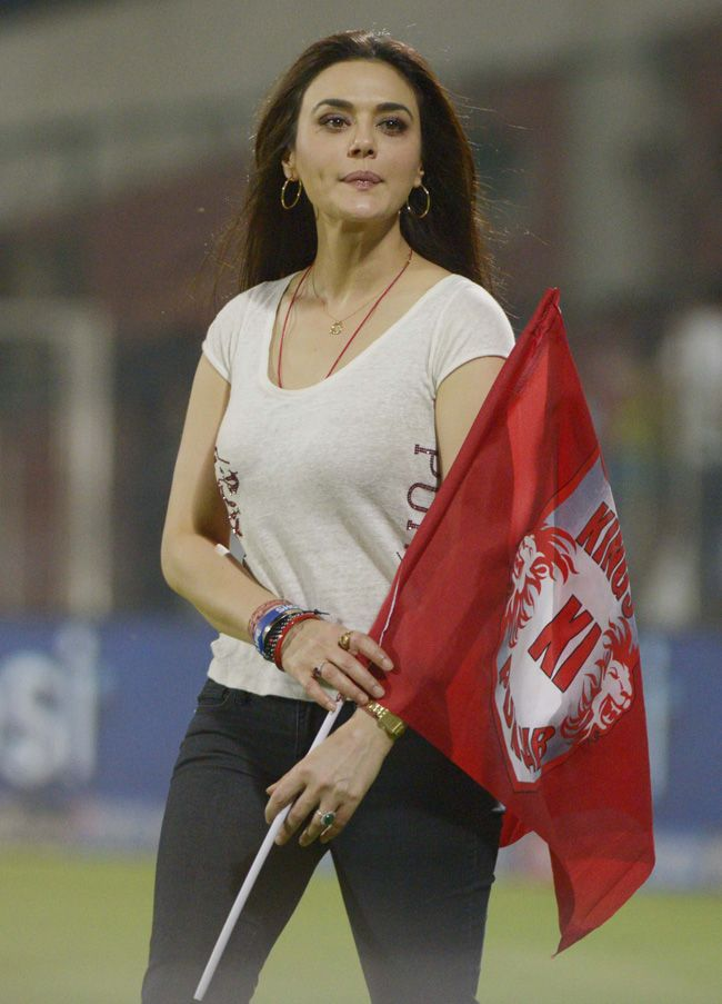 Preity Zinta walks down the ground during the innings break in IPL 7, Match 45 against Delhi Daredevils. #Style #Bollywood #Fashion #Beauty #IPL