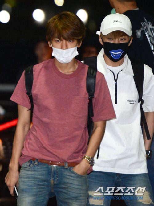 Baekhyun, Xiumin - 160828 Incheon Airport, departing for Hawaii Credit: Sports…