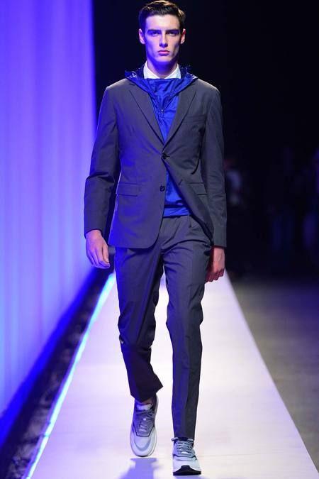 Z Zegna - Bahar 2015 Menswear Z Zegna imzasını taşıyan Bahar 2015 Menswear koleksiyonundan sizin için seçtiklerimiz.   #Bahar2015, #Defile, #ZZenga http://www.tasarimvedekorasyon.com/2014/08/23/z-zegna-bahar-2015-menswear/