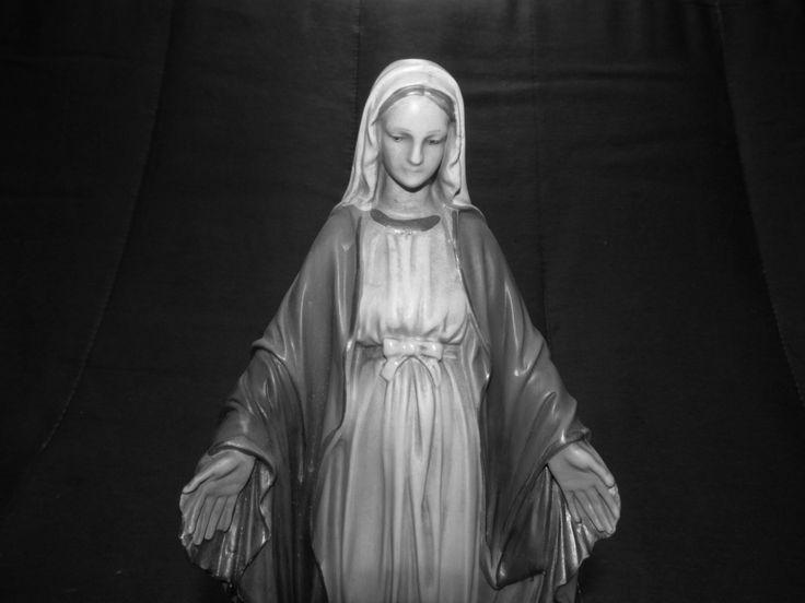 Virgen de santa marta en porcelana