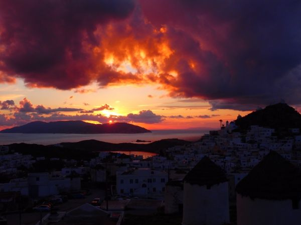 Fire in the sky over Chora