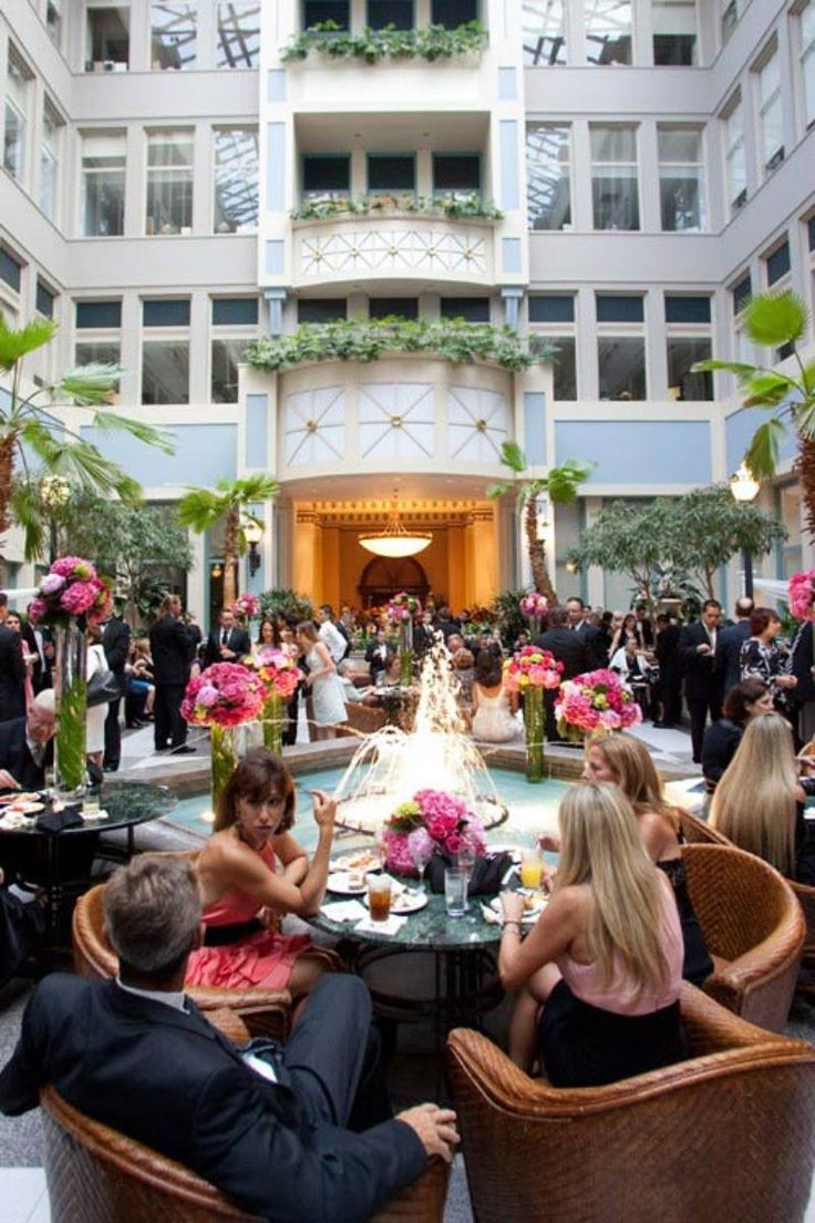 The Crystal Tea Room Weddings Price Out And Compare Wedding Costs For Ceremony Reception Venues In Philadelphia Pa