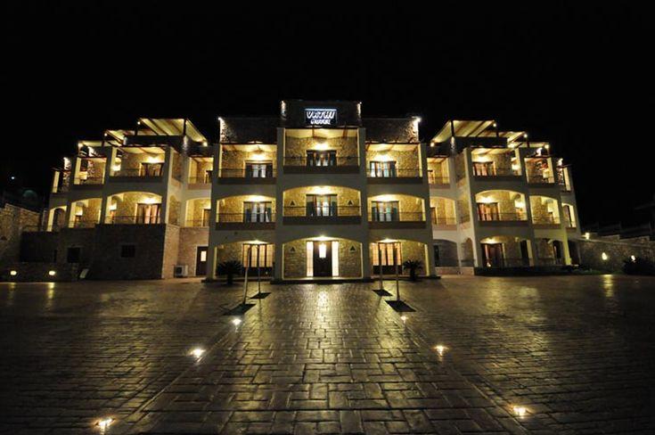 Гостиничный комплекс VATHI HOTEL и ARIS Studios.