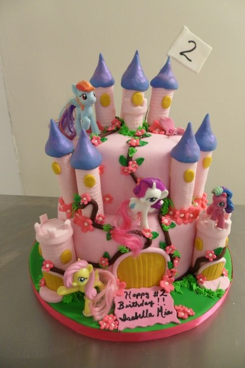 Little Pony Castle by Roselynn on Cake Central