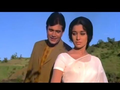 Ye Shaam Mastani - Hindi Romantic Song - Rajesh Khanna & Asha Parekh - K...Another one of my favs. Lovely music, lyrics and voice!