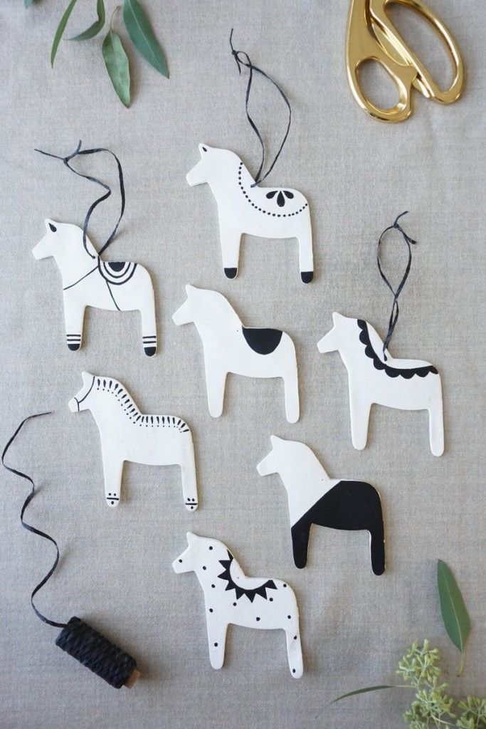 Dala Horse Ornaments & Gift Toppers