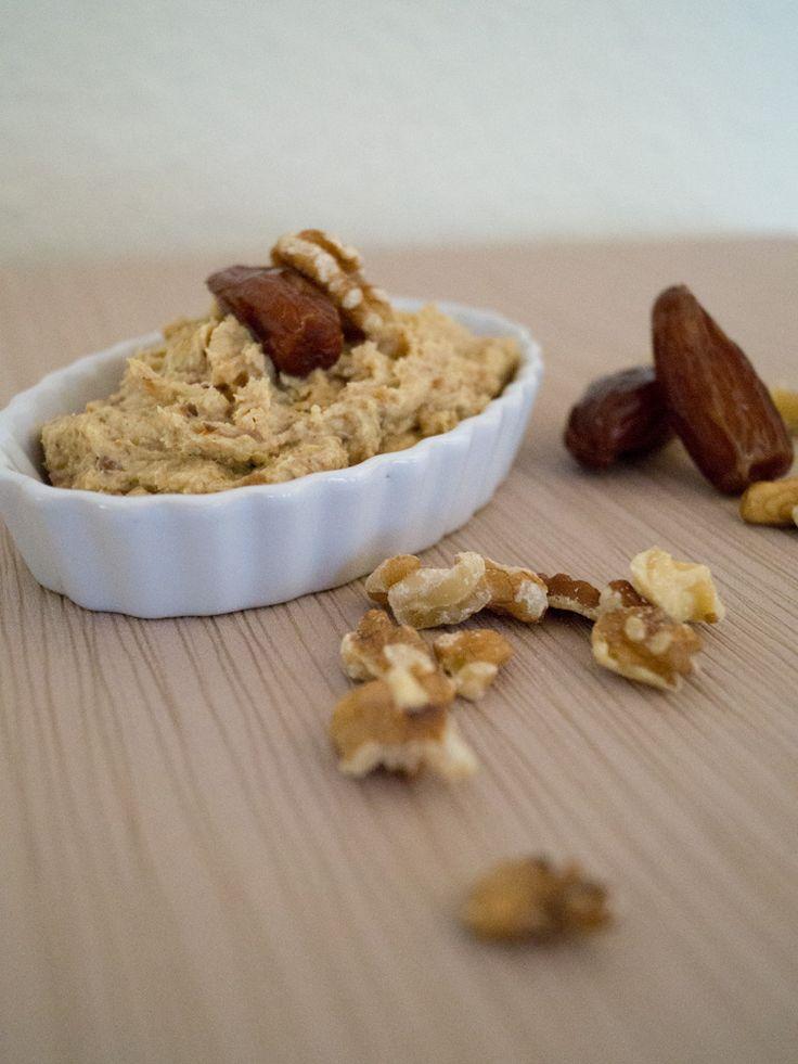 Orientalischer Dattel-Walnuss-Dip // danielas foodblog