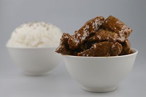Beef Rendang (Spicy) & Rice In A Noodle Box (GF) - WA Finger Food Catering Perth Catering to Perth and surrounding areas since 1996. CALL US NOW !