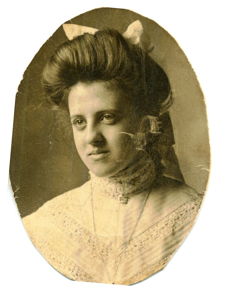 Olive Luella Haney,   around high school graduation in 1905         married Grandpa Wm Thompson McLaughlin in 1909 after college