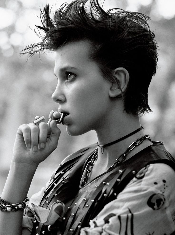 Millie Bobby Brown alias onzeelfe de Stranger Things style punk  2Tout2Rien
