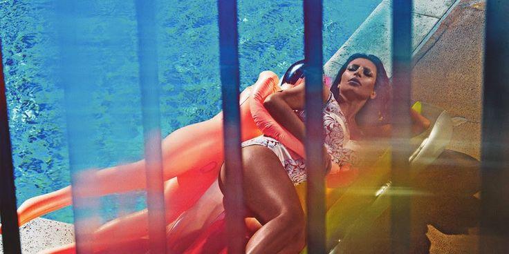 Kim Kardashian  http://rosaaffair.blogspot.pt/2015/02/lindo.html
