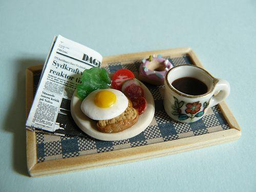 Miniature breakfast handmade by Nallemama. 1:12.
