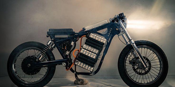 E-Motorrad mit Autobatterie