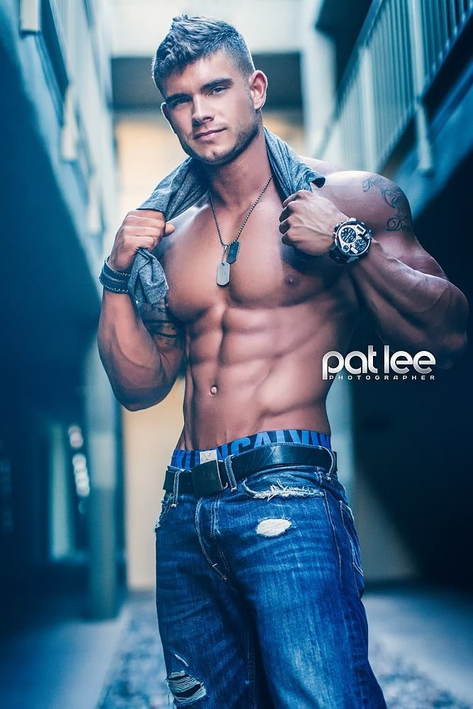 COLIN WAYNE male fitness model © PAT LEE patlee.net # pecs six pack abs hunk men nice arms bare chest hot guy male body shirtless musculoso eye candy bodybuilder