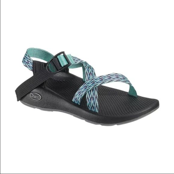 ISO these size 7 Chacos So cute!! Love them! Chacos Shoes