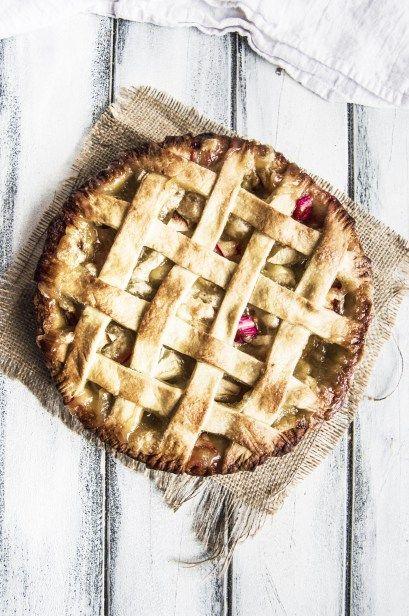 Vegan Apple Rhubarb Pie - My Vibrant Kitchen