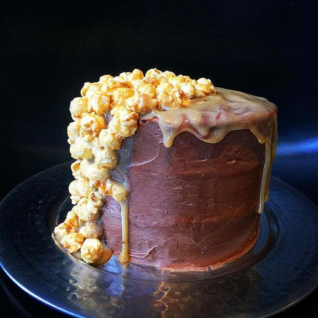 Our New German Chocolate Cake topped with caramel @soettreateatery @hertexfabrics #SoetCakes