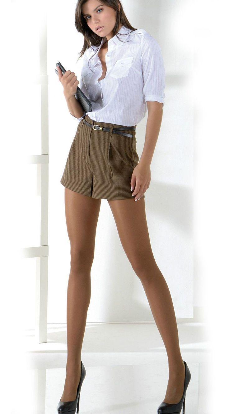 Девки в мини юбках и прозрачных блузках видео онлайн — img 6