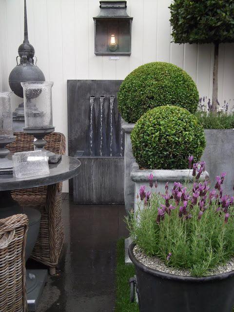 .: The Hampton Court Flower Show Visit- part 1