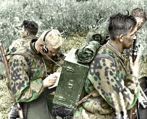 German radio operator (recon) in camo: German Soldiers, Ww2