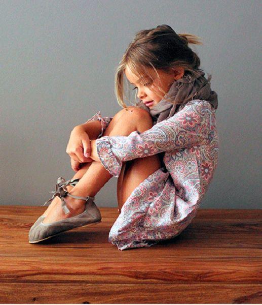 Paisley dress, taupe scarf and boho flats. #estella #kids #fashion