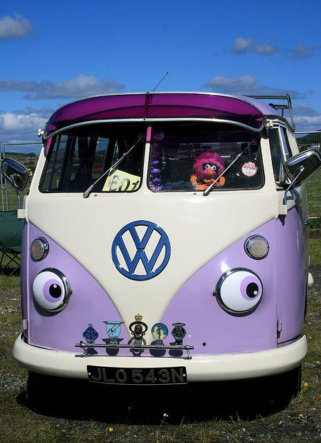 Love it! The more I think about it, the more I want a VW Microbus! I'd love one with barn doors and seating/bed, mini sink, mini fridge, AC, and DVD player inside for traveling. It would be so fun to hit the road in one of these!