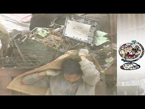 China's Horrendous Electronic Trash Dump - YouTube