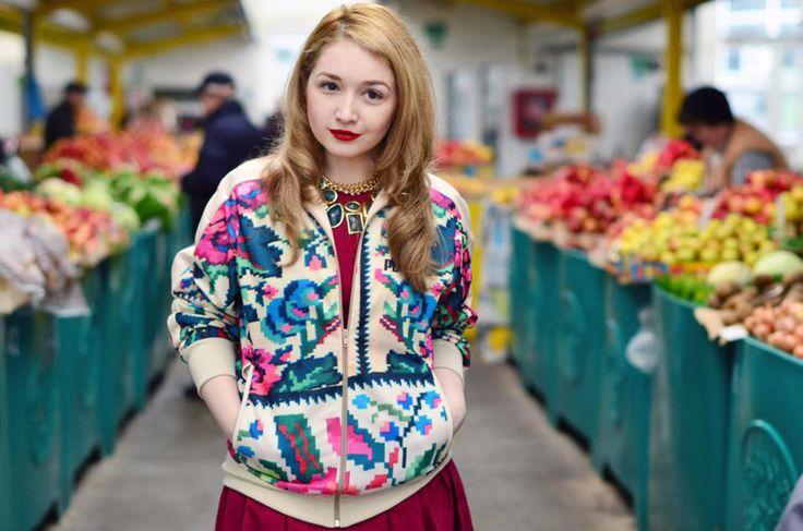 Ioana Liliana Gheorghe, jewelry designer and blogger www.bonesdontcry.com , www.fashezine.com Puma Etno Star jacket by Lana Dumitru  #lana #dumitru #lanadumitru #digitalprint