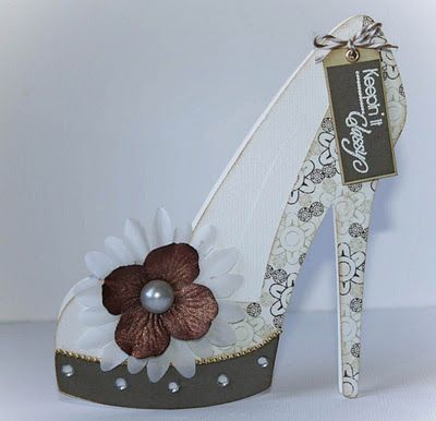 Shoe Card - Appears to be a complicated card...might be cute for shower or for invite to bachelorette party.