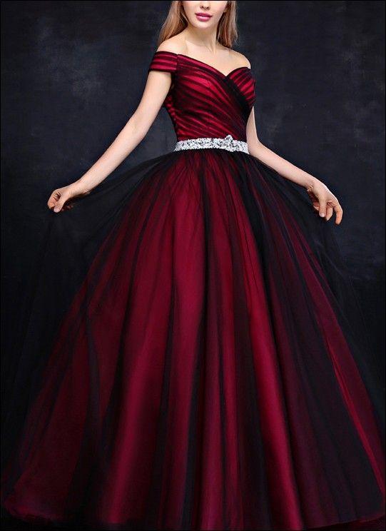Prinzessin Ballkleid Schwarz Rot | Ballkleid, Rote ...