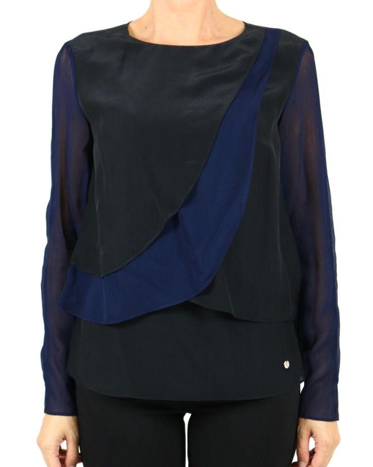 Black and blue shirt from @armani  #saldiidressmap #idressmap #fashionista #fashiongram #bestoftheday #editoftheday #picoftheday #lookoftheday #outfitoftheday #ootd #shopping #AI16 #FW16 #totallook #blogger #fashion #glamour #moda #likes4likes #lifestyle
