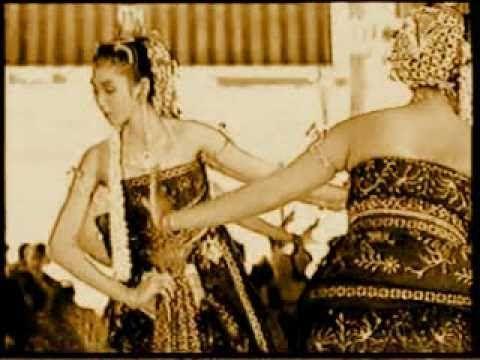 Bedhaya Ketawang Dance, Central Java, Indonesia