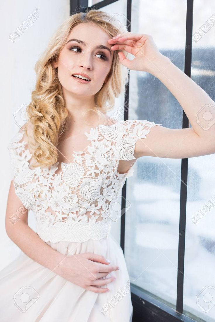 17 Most Successful Bridal Hairstyles Blonde Makeup Options For Your Cropped Locks