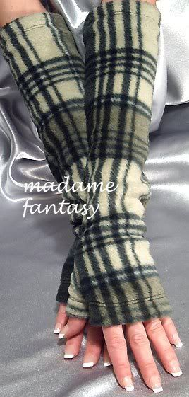 Extra Long Fleece Fingerless Gloves / Arm Warmers - I so need these for work!!!