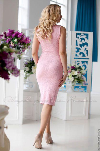 Купить или заказать Платье 'Розовая дымка' в интернет-магазине на Ярмарке Мастеров. Нежно- розовое женственное платье из шелковистой вискозы, с ирландским воротничком ручной работы! Полотно ткани ажурное, слегка просвечивает, по-желанию можно добавить подкладку из телесной сетки…