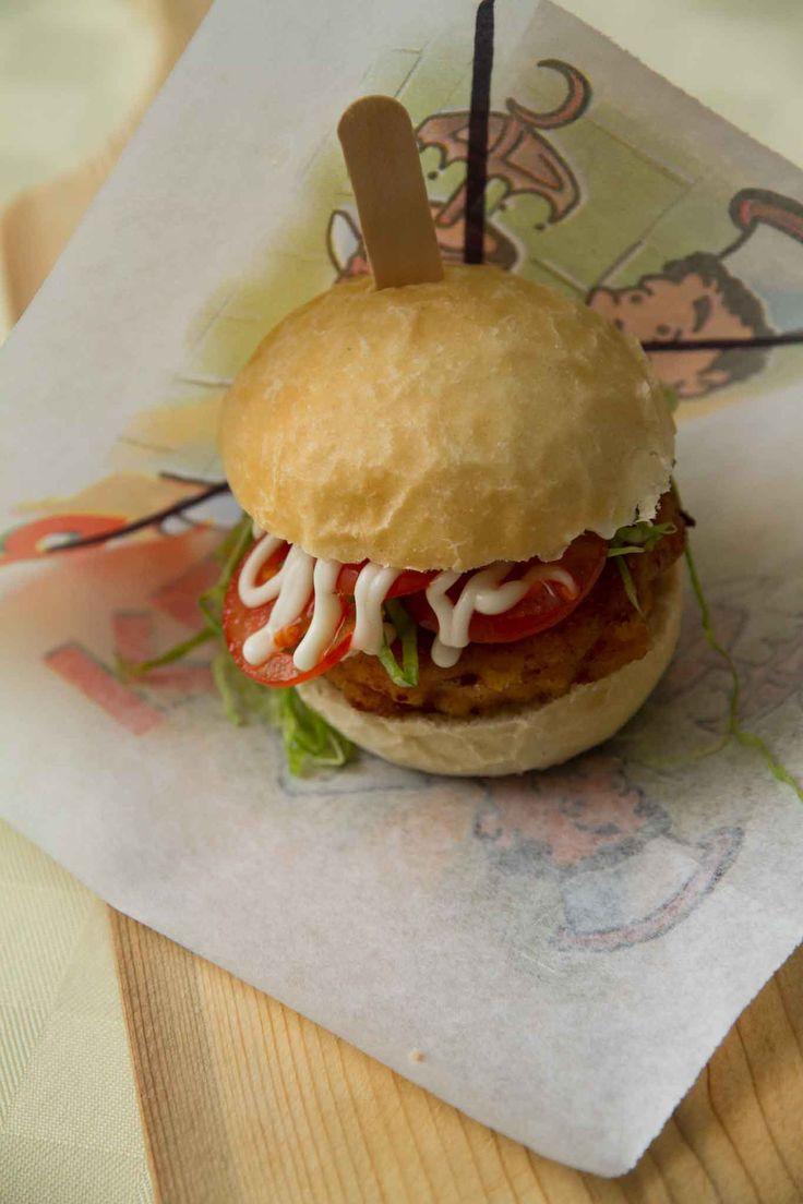 Souvent Oltre 25 fantastiche idee su Ricetta panino hamburger su Pinterest  XJ73