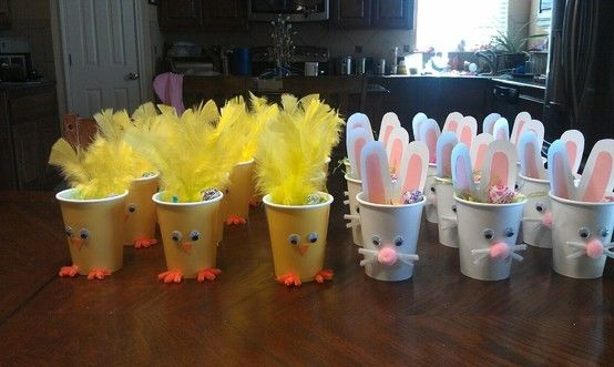 darla : Chick and Bunny treat cups!! Add a little easter grass and some treats...great idea for class gifts