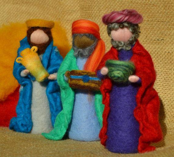 Three+wise+men++Needle+felted+Nativity+Set+by+MagieDiLanaCardata