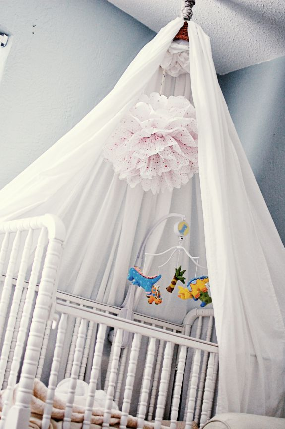 23 best images about battery operated baby mobile on for Diy baby crib canopy