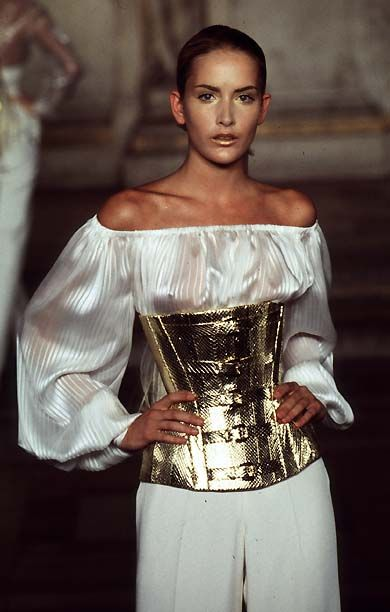 1997 - McQueen 4 Givenchy Couture Show